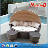Hot Sale PE Rattan Rattan Round Sofa Set Traditional Design Outdoor Sofa