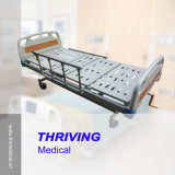 CE Quality! 3-Crank Manual Hospital Bed (THR-MB007)