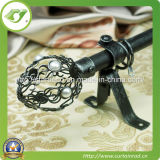 Spray-Paint Curtain Poles (T089)