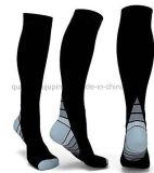 OEM Nylon Professional Running Sport Socks for Promotional Gift