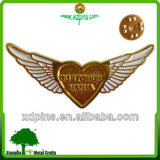 2014 Hot Sell Baking Varnish Metal Badge Pin Badges