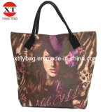 Lady Leisure Tote Bag