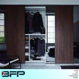 Classic Style Wooden Sliding Door Wardrobe Closet with Mirror