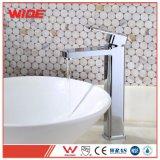 New Design Modern Bathroom Basin Faucet with Triple Chrome Finish