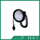Ce/ISO Approved Medical ABS Wall Type with ABS Basket Aneroid Sphygmomanometer (MT01031021)