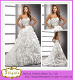2015 High Quality Luxury Ball Gown Wedding Dress with Beaded Bodice Layered Organza Skirt (MN1065)