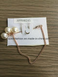 Fashion Jewelry Elegant Chain White Pearl Brooch with Metal