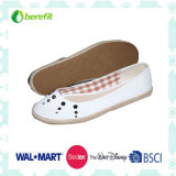 Canvas Shoes with Bowknot Decoration with Light and Soft