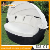 Outdoor Garden Rattan Furniture Oval Shade Wicker Sunbed Lying Lounge Bed Daybed