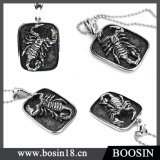 Fashion Animal Embossed Scorpion Metal Pendant Necklace for Men