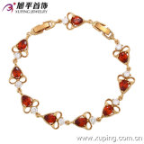 73129 New Arrrival Fashion 18k Gold-Plated Elegant Heart-Shaped Zircon Jewelry Bracelet for Lady′s Gift