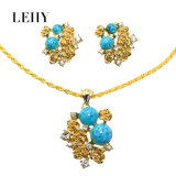 Gold-Tone Crystal Flower Pendant Necklace & Earrings Alloy Fashion Jewelry Set