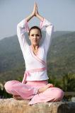 اليوجا yoga  للحصول على عضلات بطن مشدودة