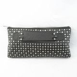 Ladies′ Studs Clutch in Genuine Leather