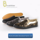 Fashion Slip-on Casual Men′s and Women′s Shoes with Rubber Outsole