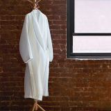 100%Cotton White Waffle Bathrobe for Hotel Use