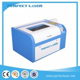 China Mini Laser Cutting Machine for Rubber / Acrylic / Seal with CE (PEDK-6040)