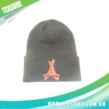 Solid Color Beanie Knitted Men Hats for Sport and Promotion (052)
