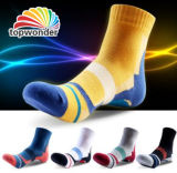 Custom Men′s Cotton Sport Sock in Various Colors and Designs