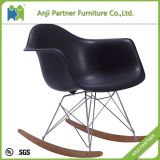 Custom Exotic Design Wooden Leg One Piece Silver Plastic Furniture Living Roomchair (John)