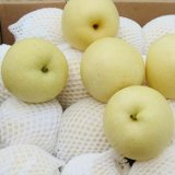 Fresh Golden Pear From China