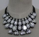 Fashion Charm Crystal Chunky Costume Choker Collar Necklace (JE0075)