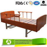 Painted Wooden Frame Homecare Bed (CE/FDA)