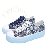 New Arriving Vulcanized Women′s Casual Canvas Shoes