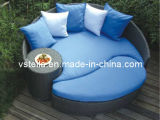 Garden Outdoor Wicker Patio Daybed with Peridot Cushions