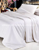 Nautural Mulberry Silk Comforter Set with Good Breathability