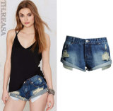 OEM Loose Ripped Light Blue European High Quality Lady′s Short Jeans