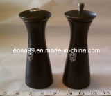Wooden Salt Shaker and Pepper Mill (W007)