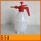 2015 Decorative Cheap Garden Watering Pot, Plastic Water Cans for Garden, Outdoor Garden Water Cans and Wter Sprinkler T34A003