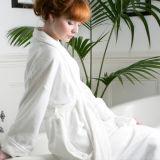 100% Cotton White Soft Terry Bathrobe for Hotel Use (DPH7428)