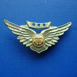 Custome Zinc Alloy Silver or Gold Plated Lapel Pin (GZHY-BADGE-026)