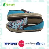 Women′s Canvas Shoes, PE Sole and Canvas Upper