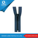 Plastic Zipper for Garmment Accessory