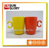 Glazed Porcelain Mug of Syb005