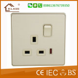 13A 1 Gang Switched Socket Outlet