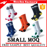 2017 New Design Custom Made Sport Athletic Cotton Socks