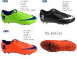 No. 50638 Men′s Football Shoes Hg Outsole