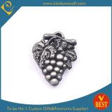 Custom Logo Wholesale Zinc Alloy 3D Grape Shape Pin Badge From China