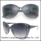 New Fashion Plastic Design Sunglasses for Woman