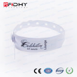 13.56MHz Ti2048 Chip RFID PVC Wristband for Ticketing Activities