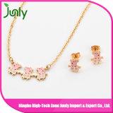 Fine Fancy Gold Wholesale Fashion Doll Pendant Necklace