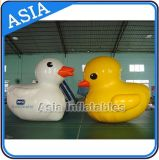Lovely Duck Moving Cartoon Inflatable Cartoon Character for Promotion