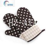 Factory Custom Heat Resistant BBQ Black Gloves for Sale