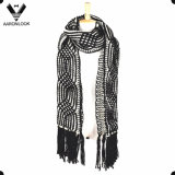 Women′s Crochet Cable Pattern Thick Warm Winter Scarf Long Fringes