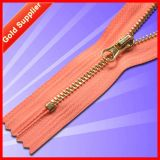 Globally Integrating Manufacturing Process Golden Brass Zipper