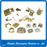 Feuille en laiton en acier adaptée aux besoins du client en métal poinçonnant emboutissant des pièces